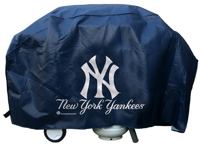 New York Grill Cover With Yankees Logo On Blue Vinyl Deluxe